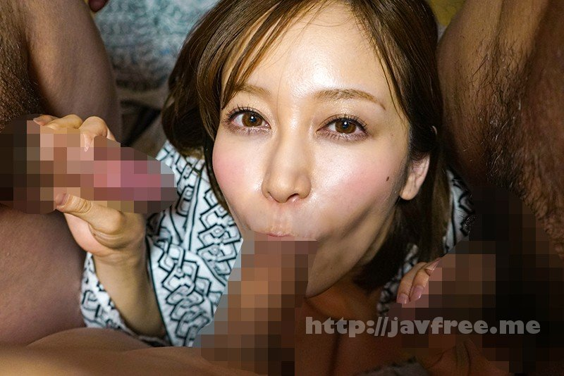 [HD][MRSS-062] 寝取られ社員旅行 女上司と一発ヤリたがる部下達にどんどん飲まされ泥酔した妻 僕とビデオ通話してる最中に中出しされていたなんて… 篠田ゆう - image MRSS-062-10 on https://javfree.me