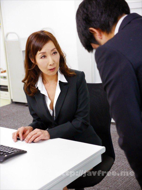 [HD][NASH-018] 仕事のできない能無し部下を呼びつけ怒鳴り散らすくせに二人きりになると急に女の色気をだして甘い声で誘惑してくる女上司 - image NASH-018-19 on https://javfree.me