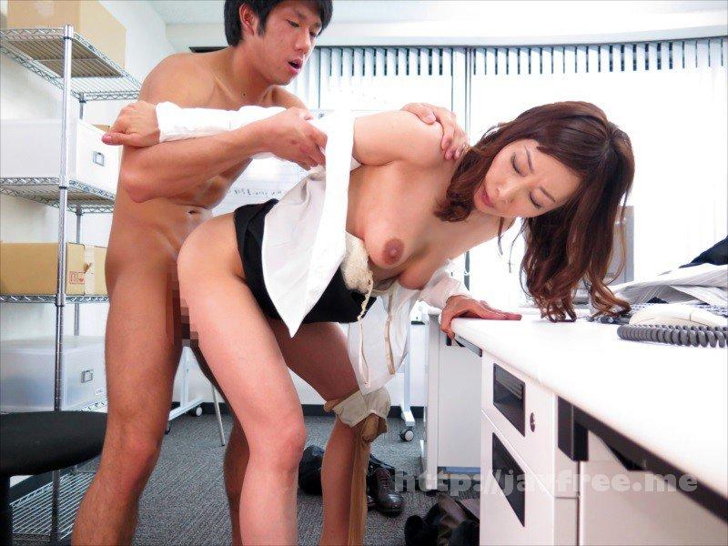 [HD][NASH-018] 仕事のできない能無し部下を呼びつけ怒鳴り散らすくせに二人きりになると急に女の色気をだして甘い声で誘惑してくる女上司 - image NASH-018-20 on https://javfree.me