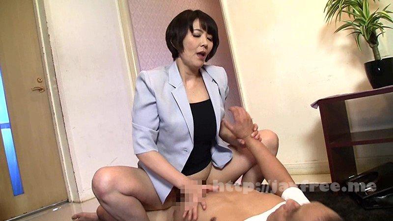 [HD][NASH-056] 「今夜は帰りたくないの…」誰でもいいからセックスしたくなったおばさんが、酔ったフリして無理やり唇を奪って求めてきた - image NASH-056-6 on https://javfree.me