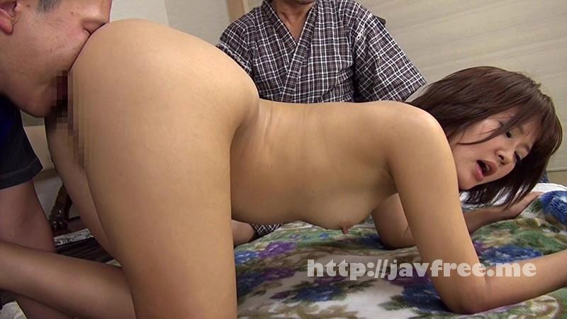 [NASS-185] ウチの嫁は昼間から家に居る身内の男のチ●ポに興味津々。夫には見せた事のない誘惑サインでチ●ポを咥え込み騎乗位で精子をマ●コで絞り取り、中出しさせる! - image NASS-185-17 on https://javfree.me