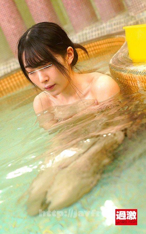 [HD][NHDTB-503] 混浴温泉で乳首をしつこく刺激する乳吸い責めに欲情した女は湯しぶきが立つハードピストンの快感で中出しを拒めない5 - image NHDTB-503-11 on https://javfree.me