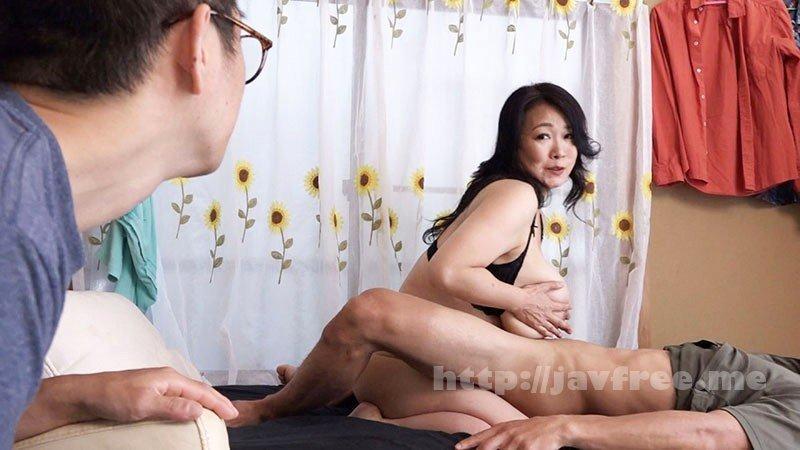 [HD][NINE-040] [最高級超熟成肉熟女] 溺愛息子を過保護に性管理する肉食爆乳J-cupお母さん 綾子(50歳) - image NINE-040-3 on https://javfree.me