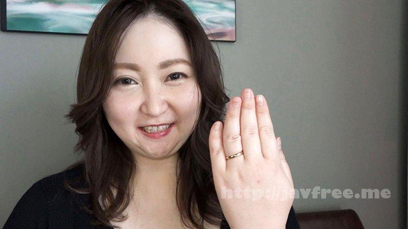 [HD][NINE-053] セックスレス25年の欲求不満セレブ妻は爆乳ぽっちゃり美熟女、緊急AV出演 山代ゆり(45歳) - image NINE-053-1 on https://javfree.me