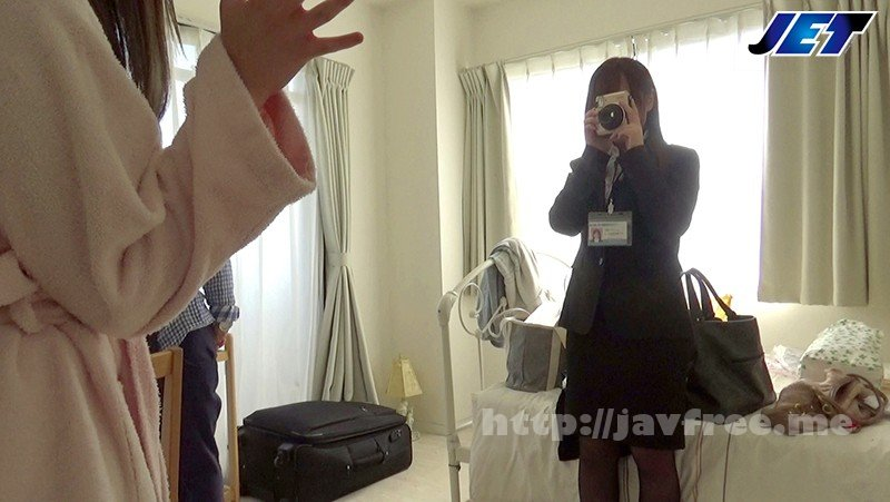 [HD][NKKD-093] 現場取材NTR 新卒採用で社内のアイドル的存在だったメーカー広報のあの娘がAV撮影の現場取材に行ったら諸事情でクドかれて逞しい男優チ●ポでパコパコされてしまったその一部始終 - image NKKD-093-1 on https://javfree.me