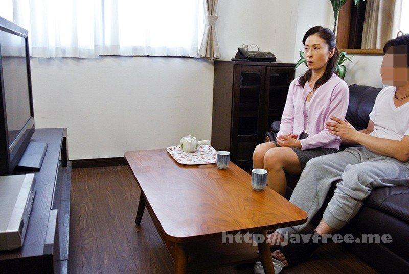 [HD][OFKU-097] 嫁の母とAV鑑賞をするべさ…麻生千春 51歳 - image OFKU-097-7 on https://javfree.me