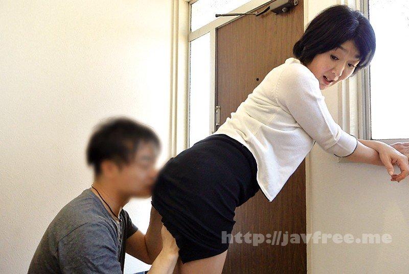 [HD][OFKU-129] 青森から上京した嫁の母が…爆乳義母 上島美都子 50歳