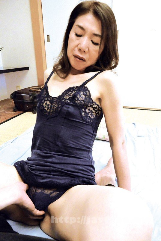 [HD][OFKU-131] 上越から上京した嫁の母が…六十路義母 瀬川志穂 62歳