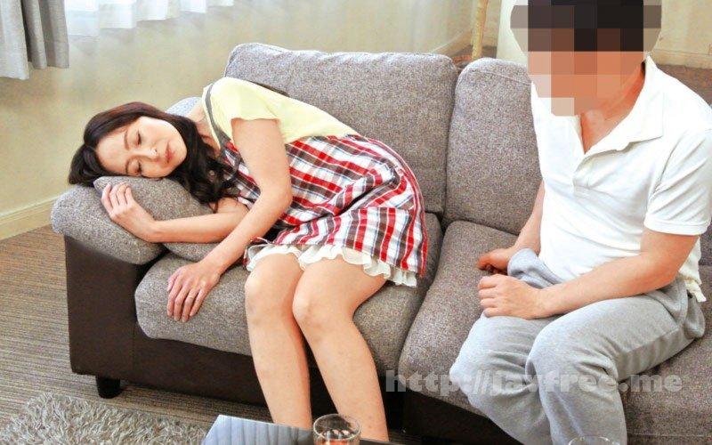 [HD][OFKU-152] 上京してきた嫁の母が40代にしては意外とイイ身体つきだったので…イタズラをしてヤラシイ展開に持ち込んでみた…180分