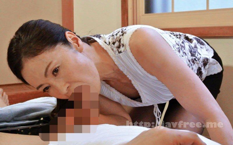 [HD][OFKU-177] 嫁の母のフェラチオ 「血は繋がってないし、チ○ポ咥えるだけだから平気よね」 - image OFKU-177-13 on https://javfree.me