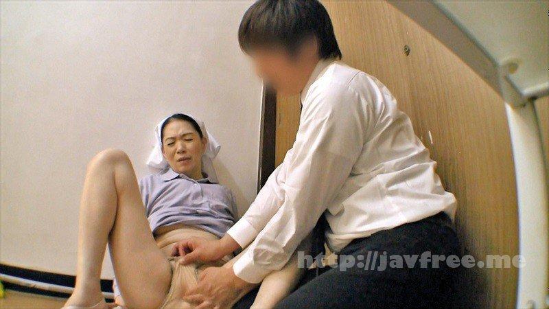 [HD][OKAX-699] ウマ尻な清掃のおばさんに悪戯痴姦4時間 - image OKAX-699-19 on https://javfree.me