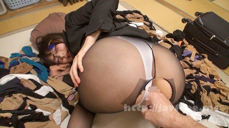 [HD][OKP-061] 神メガネOL なつめ愛莉 眼鏡OLスーツの美脚を包んだ生ナマしいパンストを完全着衣でムレた足裏からつま先を味わい尽くす!時には顔騎や足コキ、時には中出し、時にはお尻にコスってぶっかけとやりたい放題!発情させられた女の変態調教絶頂プレイを楽しむフェチAV
