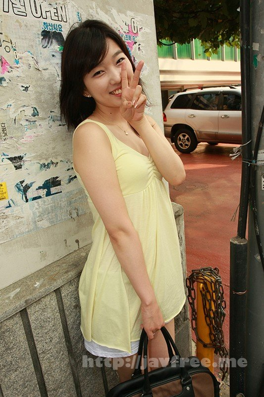 [HD][OSST-011] 韓国で見つけた純粋無垢な彼女は、まさに原石!整形なしの天然美人!世間知らず過ぎて、セックスのハードルも低め!? - image OSST-011-10 on https://javfree.me