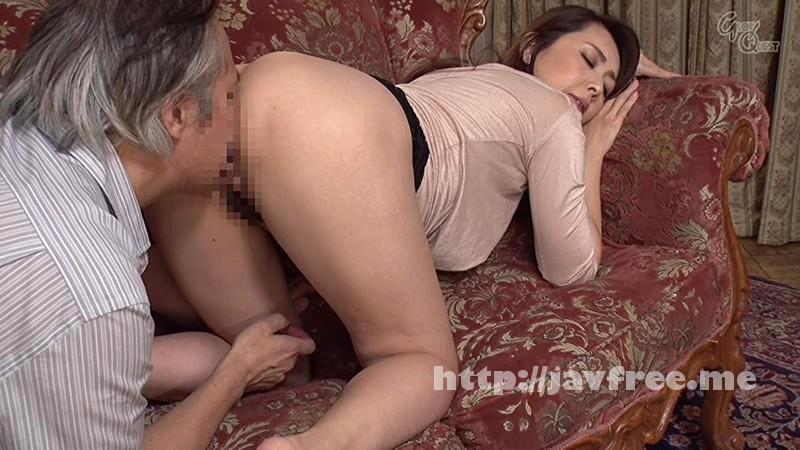 [OVG-016] ドキッ!いつも見慣れているはずの巨乳妻の乳首がチラッと見えて旦那発情! - image OVG-016-14 on https://javfree.me
