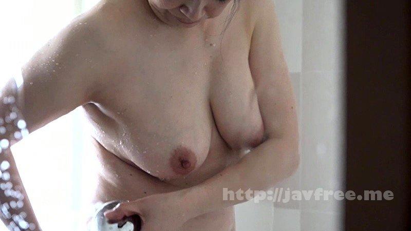 [HD][PARATHD-02431] 深夜のファミレスで働く理由アリ熟女の加藤さんは制服の上からでもわかる巨乳がたまらないので通いつめて中●ししたい - image PARATHD-02431-9 on https://javfree.me