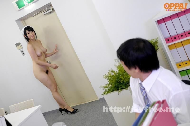 [PPPD-264] 全裸巨乳家政婦 野宮さとみ - image PPPD-264-10 on https://javfree.me