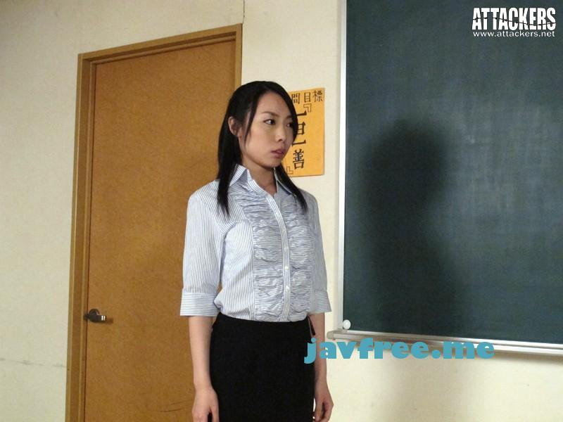 [RBD-485] 脅迫された美人女教師 椿しの - image RBD-485-11 on https://javfree.me