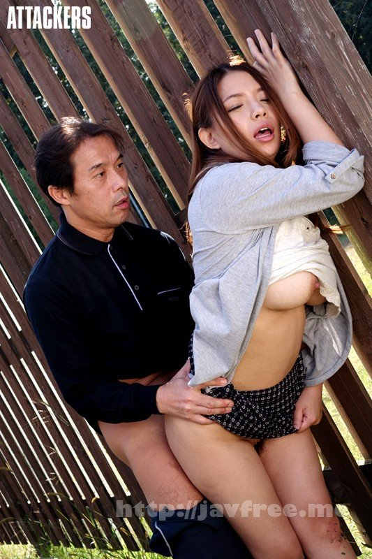 [RBD-666] 野外露出調教3 見られてしまった私の淫ら 織田真子 水原さな - image RBD-666-6 on https://javfree.me