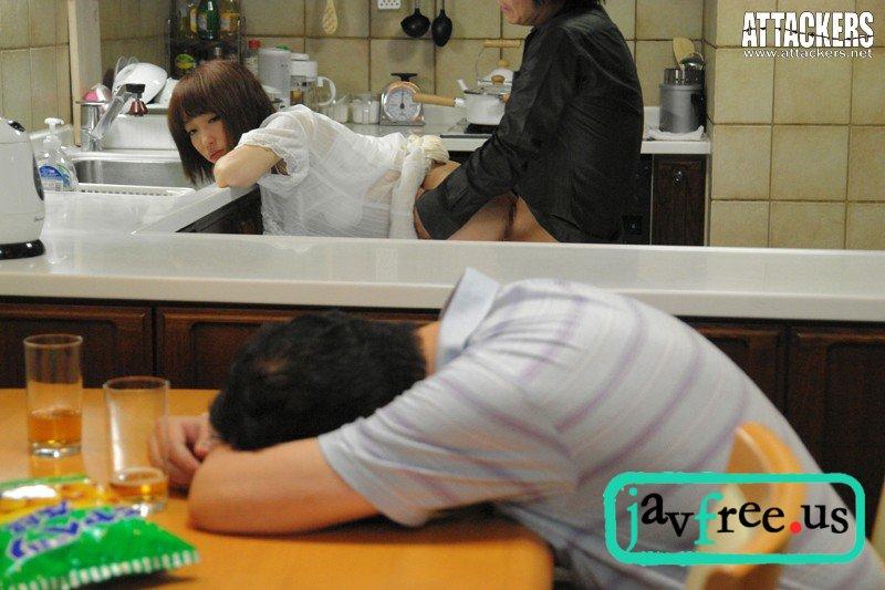[RBD-304] お父さんを守りたくて…。 私、少女凌辱愛玩具になります。 杏樹紗奈 - image RBD304c on https://javfree.me