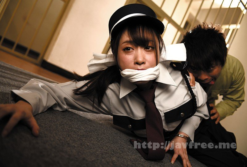 [HD][REXD-332] 声も出せず耐えしのぐしか… 罠にはまった女刑務官強●事件! 「精子溜まりまくって金玉パンパンなんだよ!」