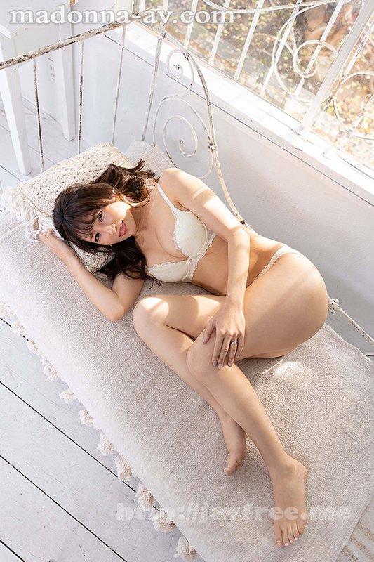 [HD][ROE-002] この美貌、この色気、ファーストクラス―。 元国際線キャビンアテンダントの人妻 坂井希 45歳 AVデビュー - image ROE-002-10 on https://javfree.me