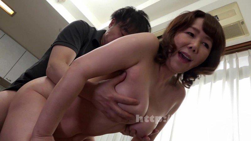 [HD][SCD-185] 巨乳五十路の母に生中出し 真田紗也子 - image SCD-185-3 on https://javfree.me