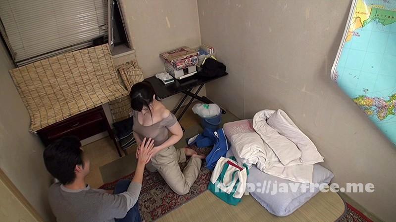 [SCOP-307] 童貞の僕が一人暮らしの部屋に清掃業者を呼んだら、まさかの巨乳女。熱心にカラダを動かし、仕事をしている彼女は汗びっしょり。汗染みで胸の形が更に強調されたTシャツには乳首のプレゼントまで。 2 - image SCOP-307-16 on https://javfree.me