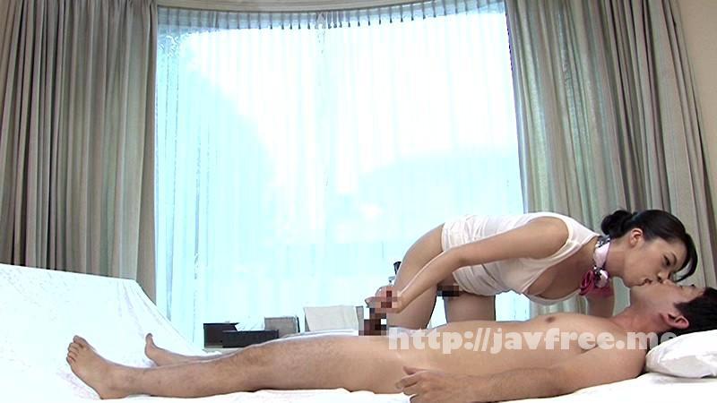 [SCPX-074] 入店間もない人妻たちの不慣れで優しい雰囲気に思わずチ●ポがガチ勃起!こっそりおねだりしたらしっぽり濡れた奥様マ●コに生で挿入を許してくれる人妻手コキサロンがあるという噂は本当か? - image SCPX-074-3 on https://javfree.me