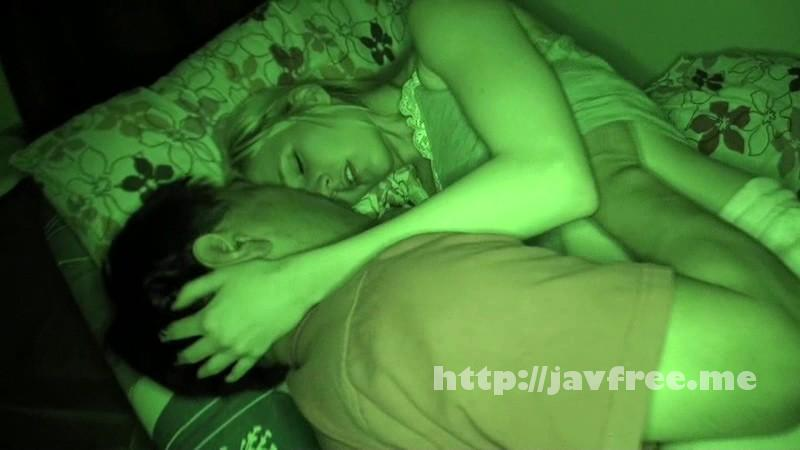 [SCR 077] ホームステイ先の金髪美女の寝込みを襲いわいせつな行為をする日本人留学生の投稿映像 SCR 077 SCR