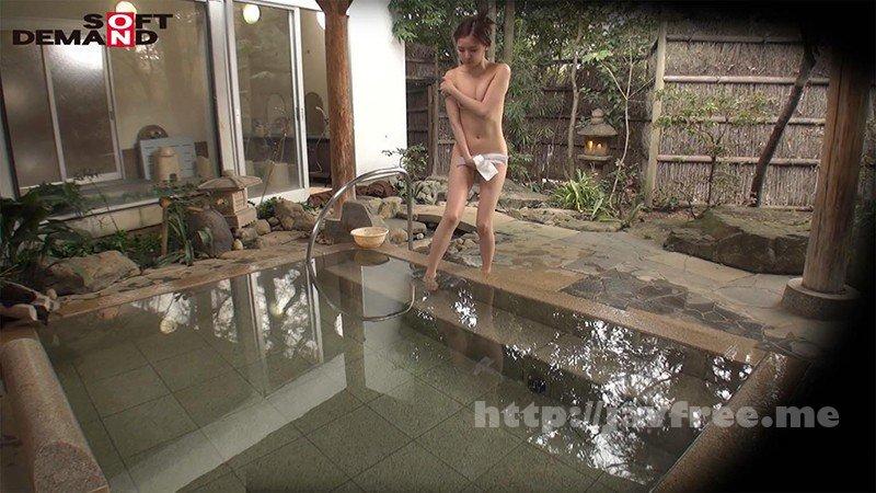 [HD][SDAM-061] 石和温泉で見つけたお友達と旅行中の人妻さん タオル一枚男湯入ってみませんか? 興奮で勃起が収まらない「男性客のアソコをおっぱいでアカスリしてあげる」編! - image SDAM-061-2 on https://javfree.me