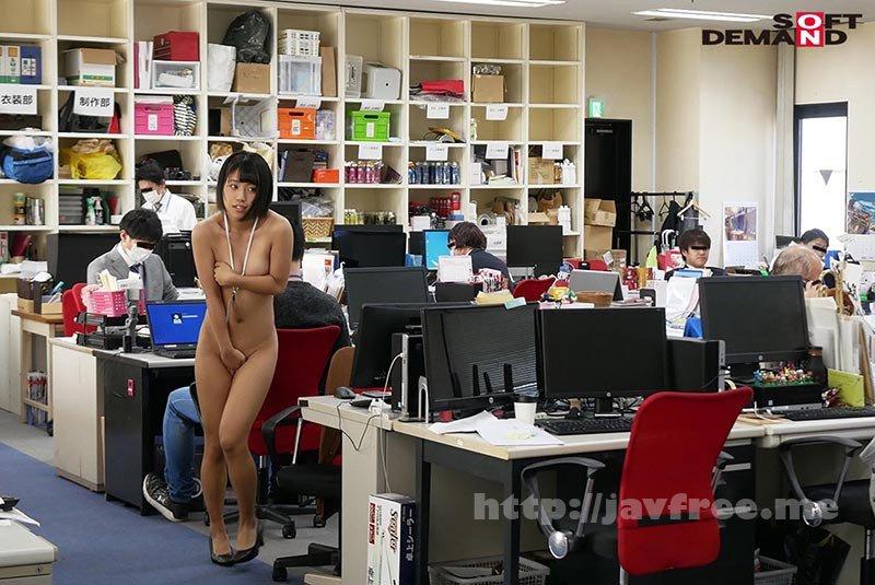 [HD][SDJS-111] ~社内で全裸は1人だけ~ インターン生の皆さん全裸でお仕事できますか? SODで働く女子社員にはAV女優さんの気持ちを理解してもらうために羞恥研修を用意! 入社前だけど身体を張って1日お仕事してもらいました♪ SOD女子社員 - image SDJS-111-11 on https://javfree.me