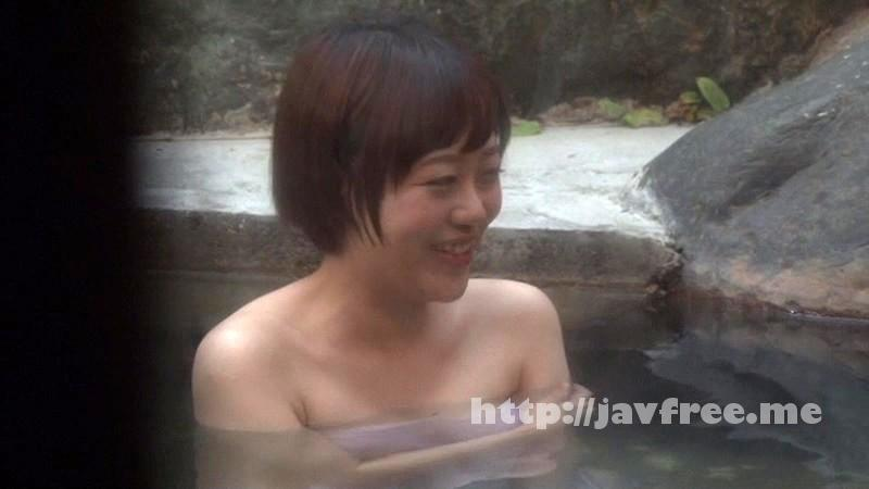 [SDMU-153] 温泉街で見つけた一般男女が出会ってすぐに「混浴モニター体験」初対面でいきなり裸同士!の即席カップルは、入浴中に火が付くまで何分? 4 お互い既婚者同士SP!! - image SDMU-153-17 on https://javfree.me