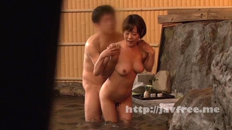 [SDMU-153] 温泉街で見つけた一般男女が出会ってすぐに「混浴モニター体験」初対面でいきなり裸同士!の即席カップルは、入浴中に火が付くまで何分? 4 お互い既婚者同士SP!! - image SDMU-153-19 on https://javfree.me