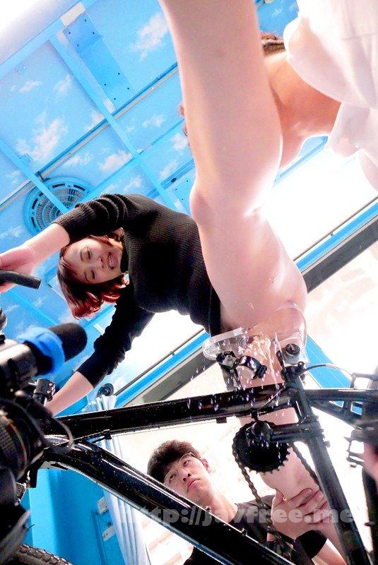 [SDMU-787] マジックミラー号×アクメ自転車 ママチャリ人妻限定!「みんな私の方を見てる気がするんですけど…」公衆の面前!?でイキまくる!ハリガタピストンで大量潮吹き絶頂アクメ!!