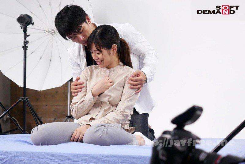 [HD][SDMU-906] SODが発掘した撮影スタジオで働く業界裏方女子の'素'のSEXが撮れました! カメラマンの卵 柿沼凛(20) - image SDMU-906-13 on https://javfree.me