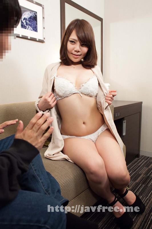 [SHE-170] 誘い上手な逆ナンお姉さん!戸惑う素人男性をガチナンパ!4時間SP - image SHE-170-1 on https://javfree.me