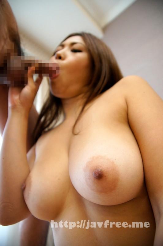 [SHE-369] 街角美巨乳ナンパ!おっぱいを揺らし感じまくる素人女子12人4時間 - image SHE-369-15 on https://javfree.me