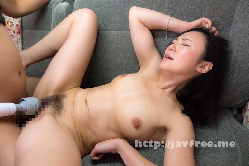 [SHE-388] 素人熟女ナンパ!発情おばちゃん淫乱肉欲セックス4時間3 - image SHE-388-6 on https://javfree.me