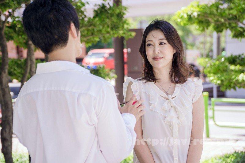 [SHE-511] HOTENTERTAINMENT 熟女インターネット動画販売ランキングTOP15! 4時間デラックス - image SHE-511-10 on https://javfree.me