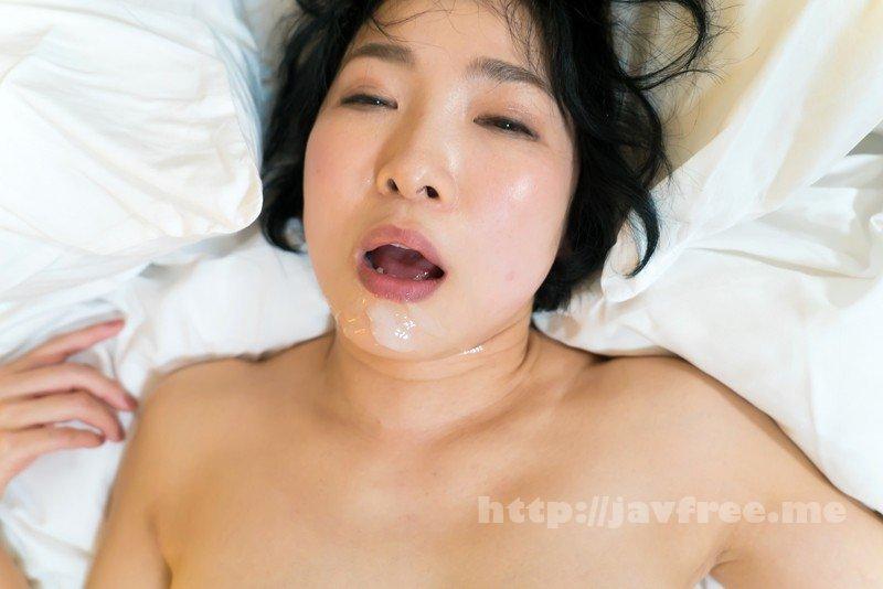 [SHE-557] わりと綺麗なおばさんナンパ「わたしオバサンだけどいいの?」恥じらうカラダを集中愛撫!ハメ撮りZANMAI