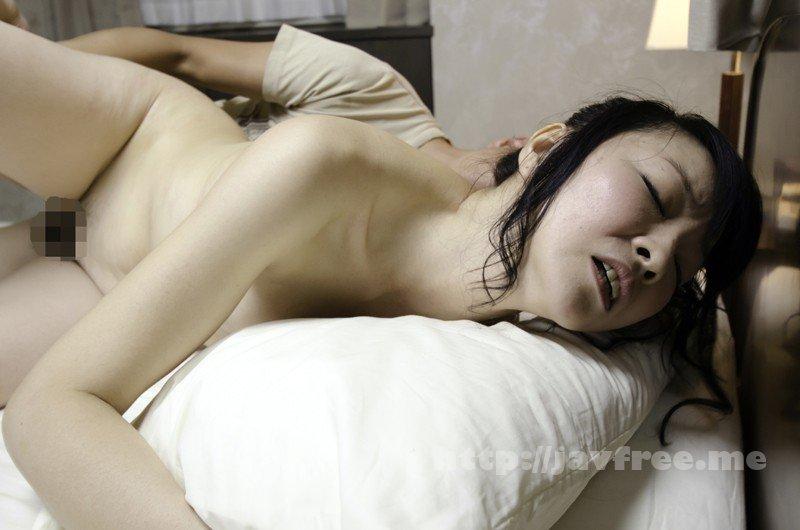 [HD][EQ-411] 「わたし主人以外ほとんど経験ないんです」貞操を守り続けたレア妻が本気の不倫!密着セックス - image SHE-589-10 on https://javfree.me