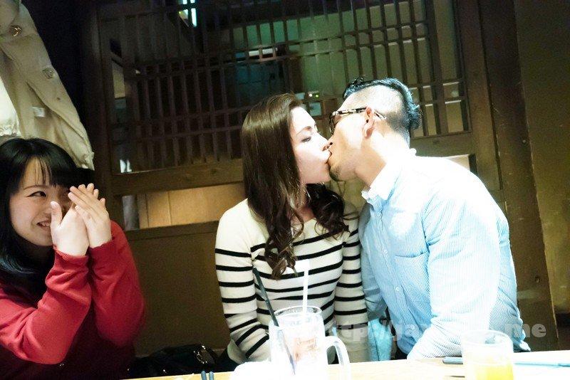 [HD][EQ-411] 「わたし主人以外ほとんど経験ないんです」貞操を守り続けたレア妻が本気の不倫!密着セックス - image SHE-592-13 on https://javfree.me