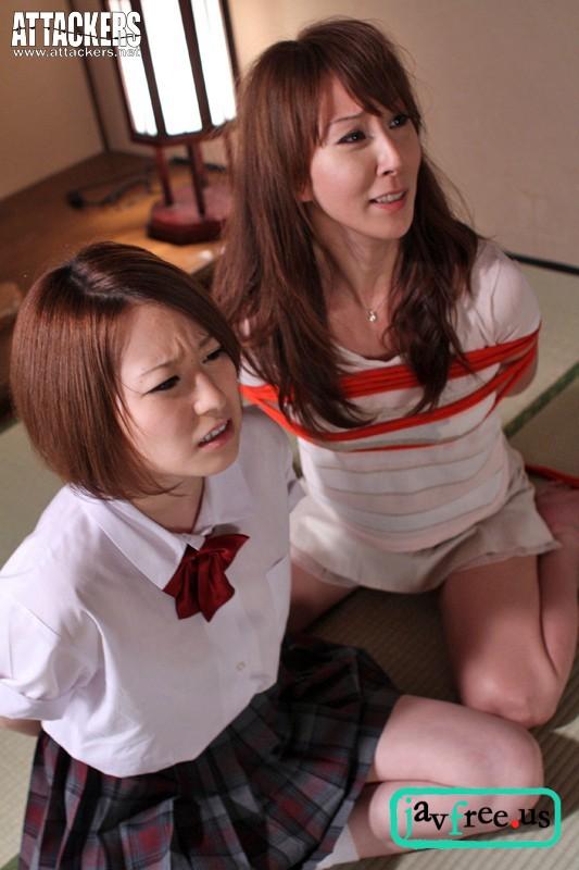 [SHKD-455] この子には手を出さないで! 私が身代りになりますから… 澤村レイコ 春香るり - image SHKD455h on https://javfree.me