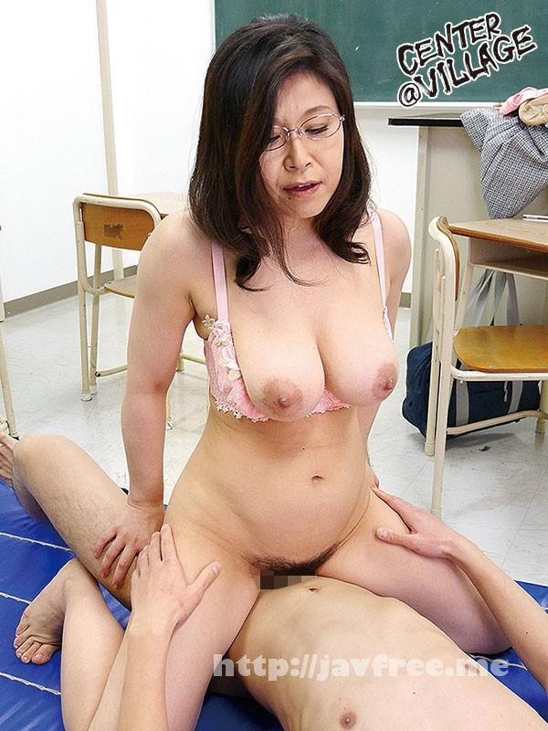 [SOUL-59] 完熟女校長の童貞生徒狩り 水野淑恵 - image SOUL-59-9 on https://javfree.me
