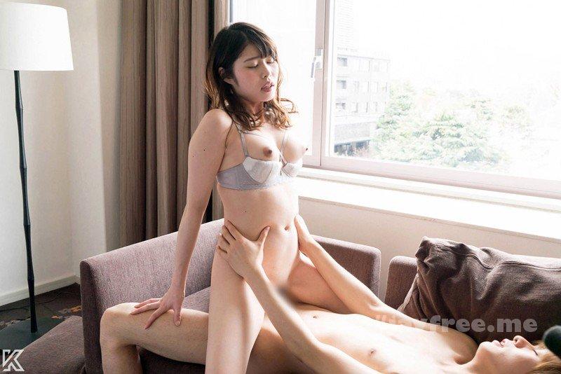 [HD][SQTE-230] 清楚な顔してイキまくる敏感美女のセックス事情 - image SQTE-230-13 on https://javfree.me