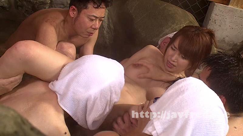 [SW 306] イタズラ温泉 旅館を貸し切って入浴中の裸で無防備な女性客を閉じ込めチ○コまみれでヤリタイ放題! SW