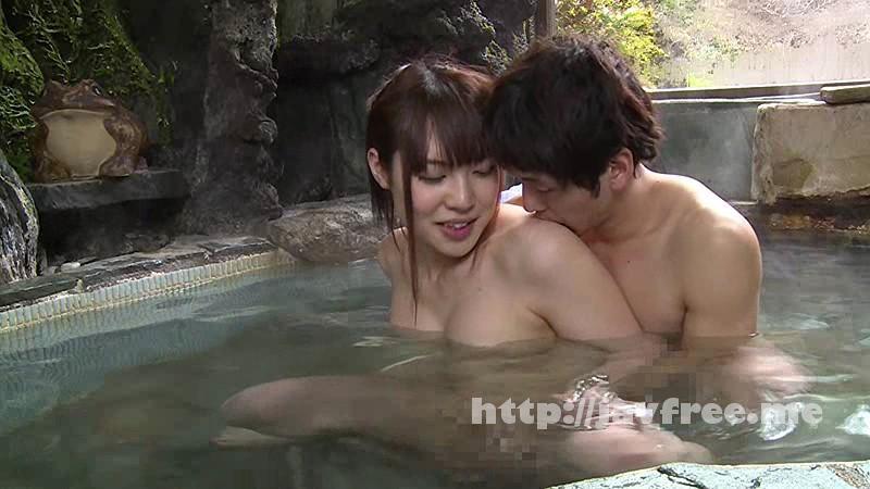 [SW-325] 混浴温泉で奇跡の若い女性客と遭遇!興奮してたら湯船からチ○コがにょっきり!ニューハーフと気づいても僕の勃起も収まりつかずヤッてしまいました - image SW-325-6 on https://javfree.me