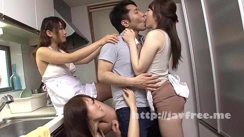 [SW 346] 両親が留守の間に頼んだ家政婦さん達は全員Tバック!家事する丸見えお尻に我慢できず、その場で尻に擦りつけ夢のような経験しちゃいました。 SW