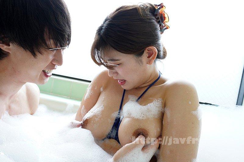 [HD][SW-798] エロビッチギャル風呂! 久しぶりに遊びに来た従姉妹たちと一緒にお風呂に入ることになった!でも恥ずかしいからと言って水着を着てきたんだけど、ほぼ紐で、大事なところもハミ出しまくり!逆にハダカよりもエロ過ぎて勃起した! - image SW-798-8 on https://javfree.me