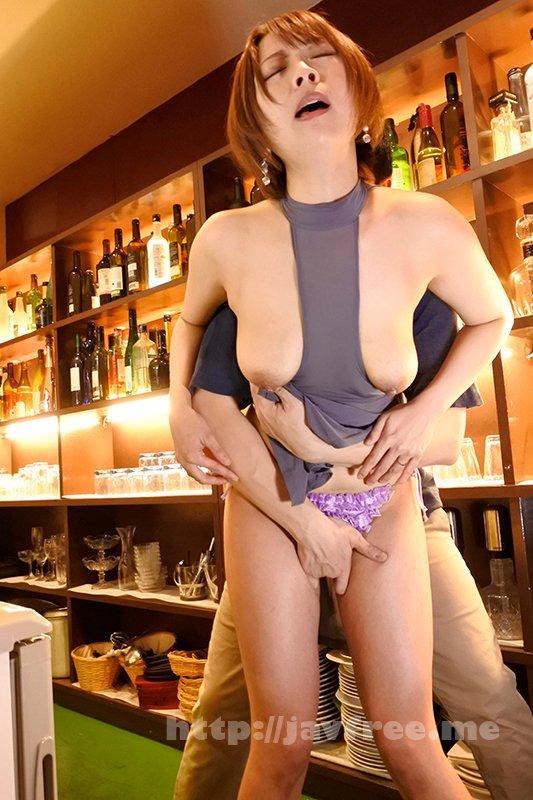 [HD][SYKH-031] 場末の小さな街で見つけたGカップの巨乳ママ スケ透けドレス中出し枕営業 なおさん32歳 - image SYKH-031-2 on https://javfree.me